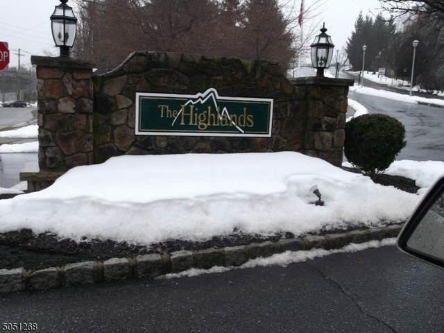 124 Mountainside Dr #124, Pompton Lakes Boro, NJ 07442 (MLS #3694699) :: The Sikora Group