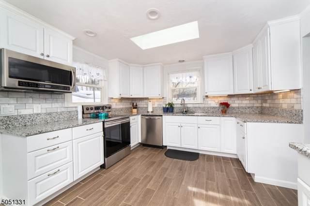 49 Fernwood Rd, Wantage Twp., NJ 07461 (MLS #3694750) :: The Sikora Group