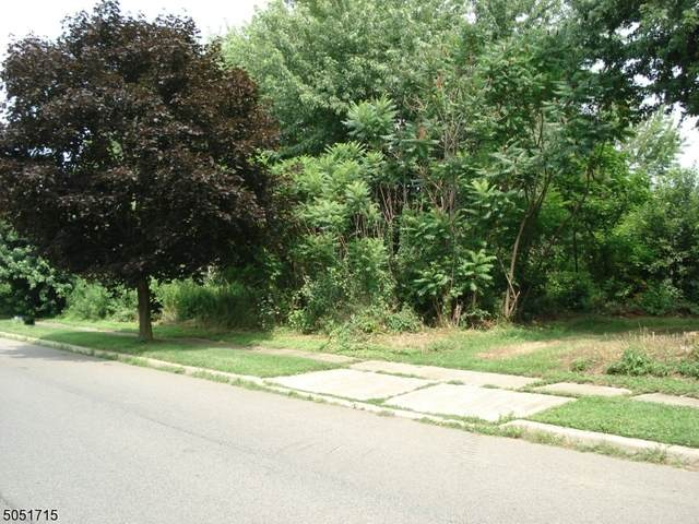81 Belview Rd, Lopatcong Twp., NJ 08865 (MLS #3695026) :: Zebaida Group at Keller Williams Realty