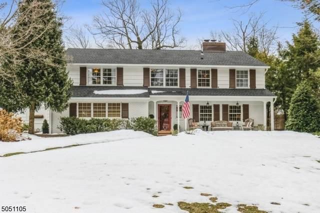 471 Bayberry Ln, Mountainside Boro, NJ 07092 (MLS #3695409) :: The Sikora Group