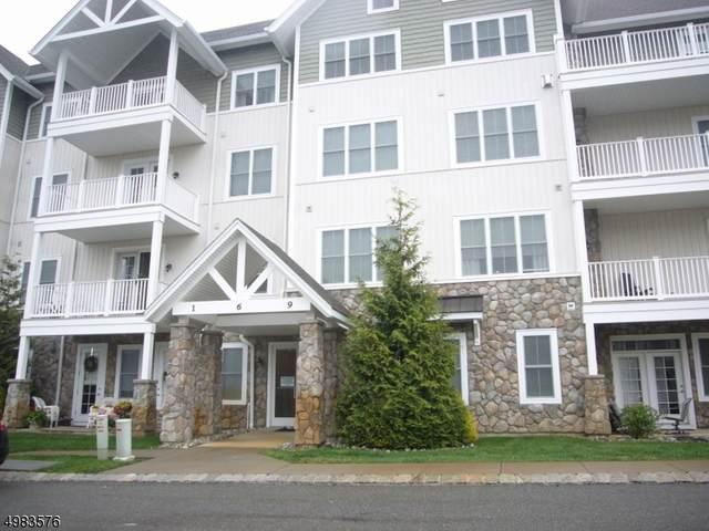 169 Tarrington Rd #404, Hardyston Twp., NJ 07419 (MLS #3696274) :: The Sikora Group