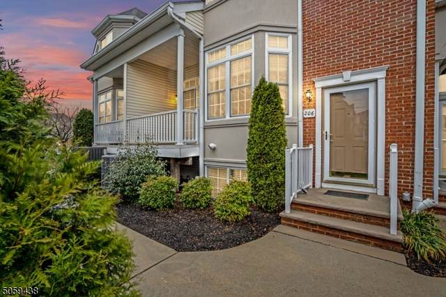 206 Chestnut Ct, Garwood Boro, NJ 07027 (MLS #3701786) :: The Dekanski Home Selling Team