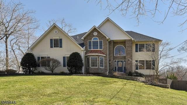 185 Summit Ave, Pompton Lakes Boro, NJ 07442 (MLS #3703262) :: The Karen W. Peters Group at Coldwell Banker Realty