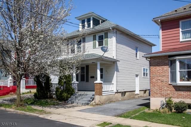297 Bates St, Phillipsburg Town, NJ 08865 (MLS #3703781) :: The Sikora Group