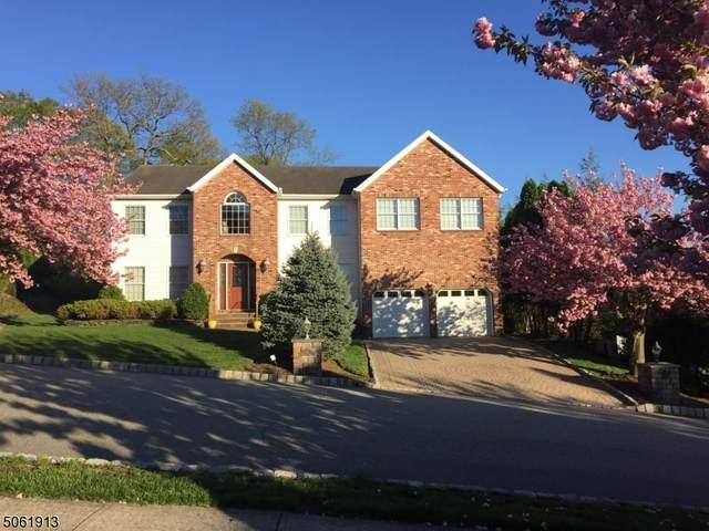 3 Fox Boro Rd, Wayne Twp., NJ 07470 (MLS #3703842) :: The Karen W. Peters Group at Coldwell Banker Realty