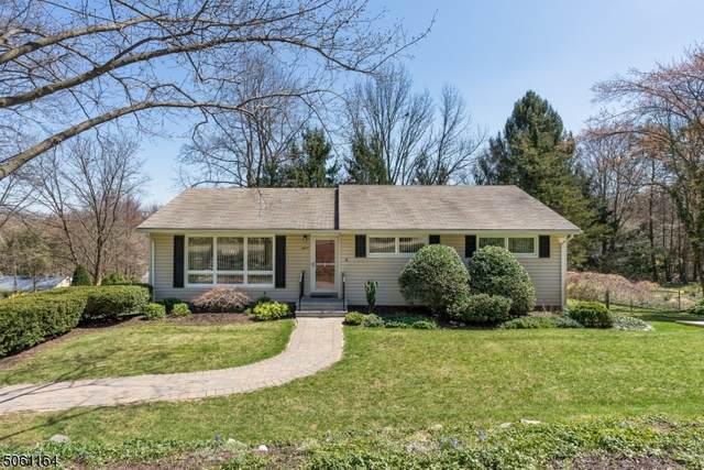 11 Banta Rd, Kinnelon Boro, NJ 07405 (MLS #3704195) :: The Dekanski Home Selling Team