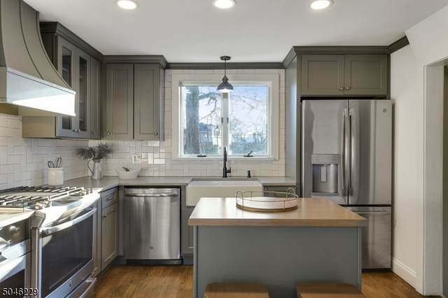 78 Park Ave, Maplewood Twp., NJ 07040 (MLS #3704315) :: The Sikora Group