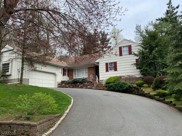 1075 Saddlebrook Rd, Mountainside Boro, NJ 07092 (MLS #3704938) :: The Dekanski Home Selling Team