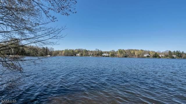 248 Pines Lake Dr, Wayne Twp., NJ 07470 (MLS #3707868) :: The Karen W. Peters Group at Coldwell Banker Realty