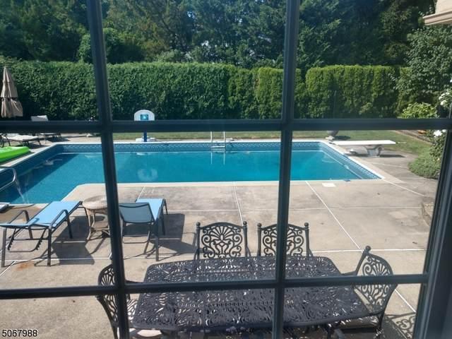 250 Hempstead Rd, Ridgewood Village, NJ 07450 (MLS #3709171) :: The Debbie Woerner Team