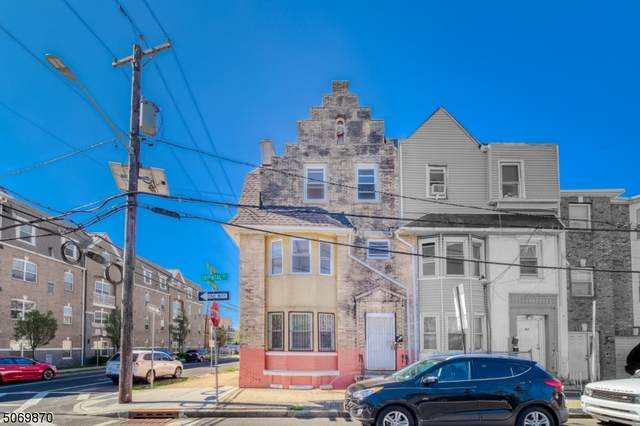 38 Oriental St, Newark City, NJ 07104 (MLS #3710804) :: Pina Nazario