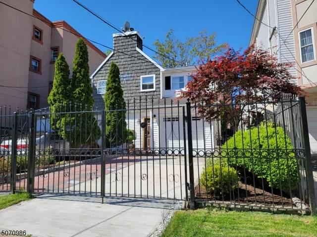 310 Pine St, Elizabeth City, NJ 07206 (MLS #3711799) :: Kiliszek Real Estate Experts