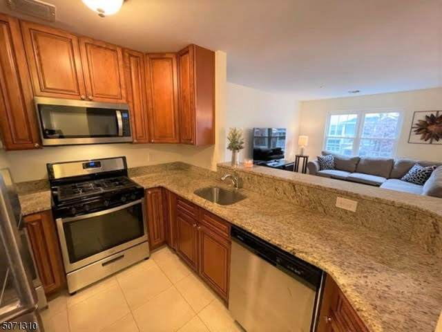 1111 Worthington Ct, Denville Twp., NJ 07834 (MLS #3712167) :: Weichert Realtors
