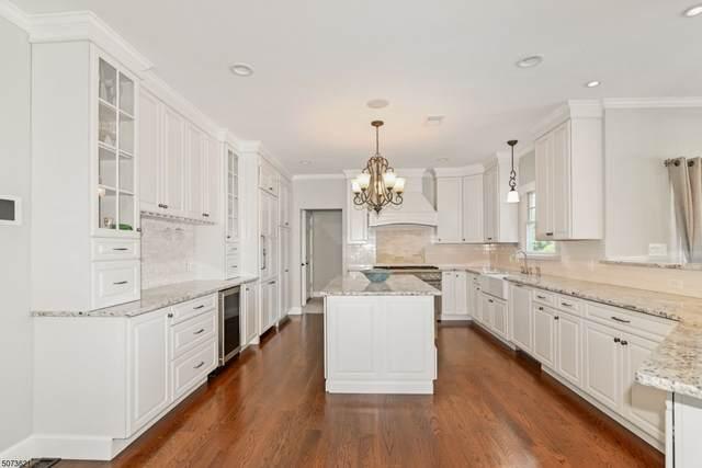 232 Pembrook Rd, Mountainside Boro, NJ 07092 (MLS #3714545) :: The Dekanski Home Selling Team