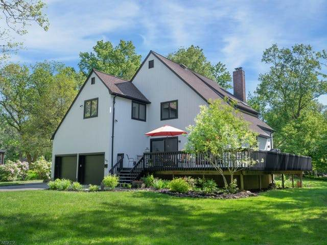 40 Grove Ter, New Providence Boro, NJ 07901 (MLS #3715785) :: SR Real Estate Group