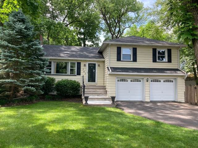 741 Forest Ave, Westfield Town, NJ 07090 (MLS #3718477) :: Zebaida Group at Keller Williams Realty