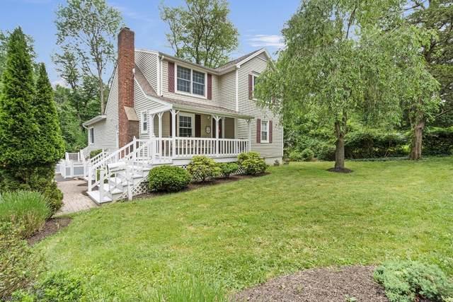 37 Rogers Pl, Berkeley Heights Twp., NJ 07922 (MLS #3718595) :: The Dekanski Home Selling Team