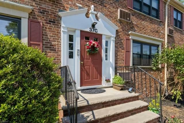 37 Sandra Circle C-2, Westfield Town, NJ 07090 (MLS #3718696) :: SR Real Estate Group