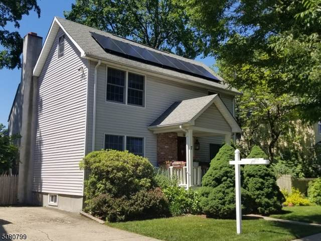 7 Clinton Ave, Midland Park Boro, NJ 07432 (MLS #3721082) :: Team Francesco/Christie's International Real Estate