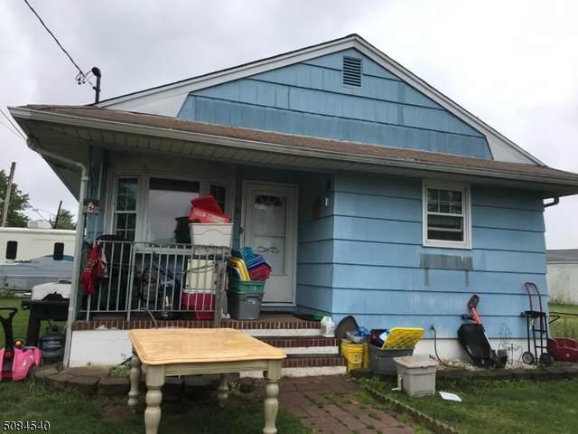 81 S 15Th Ave, Manville Boro, NJ 08835 (MLS #3724461) :: Pina Nazario