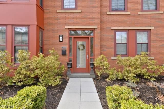 8 Edgewood Rd #4, Glen Ridge Boro Twp., NJ 07028 (MLS #3725089) :: Corcoran Baer & McIntosh