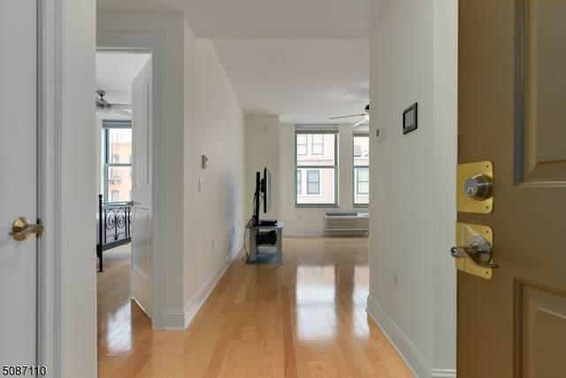 10 Regent St #311, Jersey City, NJ 07302 (MLS #3726268) :: Team Francesco/Christie's International Real Estate