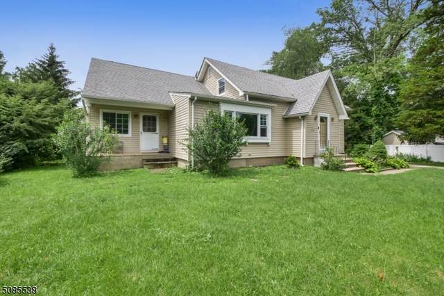 11 Glen Ave, Roseland Boro, NJ 07068 (MLS #3727250) :: The Dekanski Home Selling Team