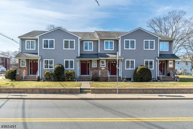 939 Ringwood Ave, Wanaque Boro, NJ 07420 (MLS #3728151) :: The Karen W. Peters Group at Coldwell Banker Realty