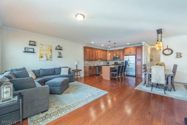 35 Red Oak Ct, Wanaque Boro, NJ 07420 (MLS #3728226) :: RE/MAX Select