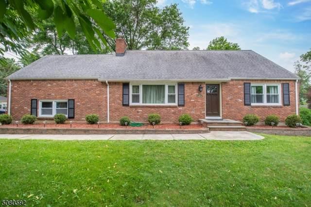 111 Beverly Rd, Fairfield Twp., NJ 07004 (MLS #3729489) :: The Dekanski Home Selling Team