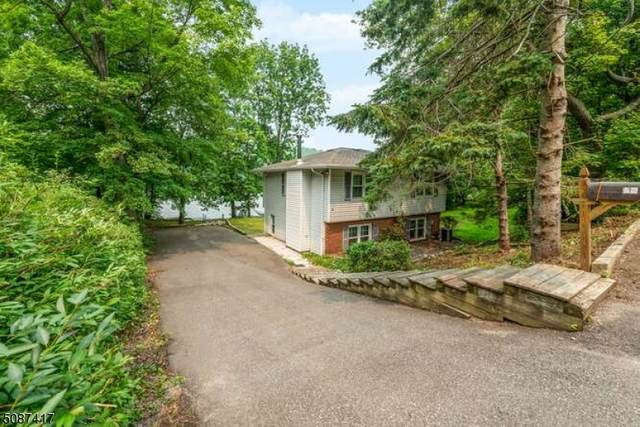 9 Lakeshore Dr E, Vernon Twp., NJ 07422 (MLS #3730381) :: The Karen W. Peters Group at Coldwell Banker Realty