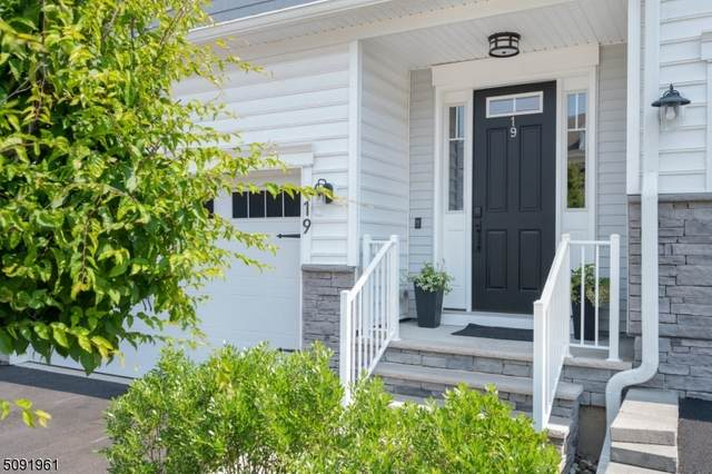 19 Hickory Ct, Cedar Grove Twp., NJ 07009 (MLS #3730621) :: Coldwell Banker Residential Brokerage