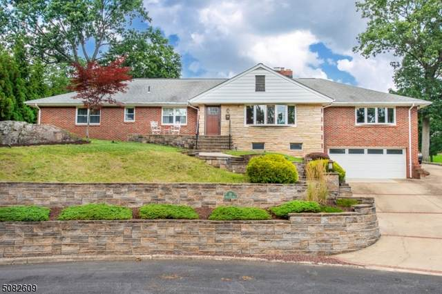 32 Notch Park Rd, Little Falls Twp., NJ 07424 (MLS #3730783) :: The Karen W. Peters Group at Coldwell Banker Realty