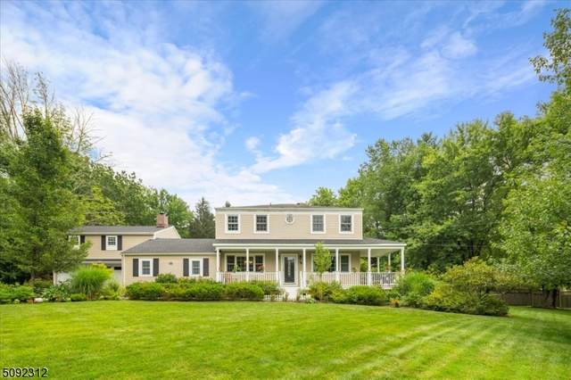 39 Maple Ave, Mendham Boro, NJ 07945 (MLS #3731259) :: The Karen W. Peters Group at Coldwell Banker Realty