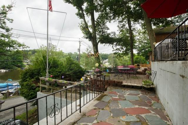 112 Hudson Ave, Hopatcong Boro, NJ 07843 (MLS #3731781) :: The Debbie Woerner Team