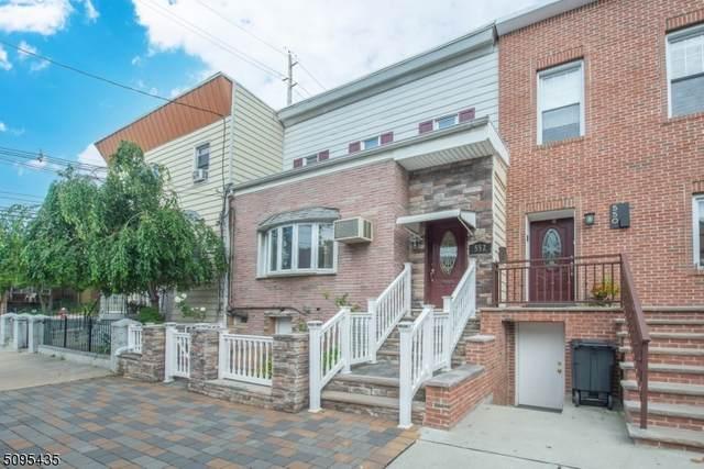 552 Liberty Ave, Jersey City, NJ 07307 (MLS #3733671) :: SR Real Estate Group