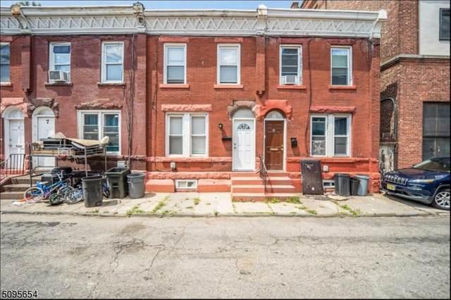 9 Centerway, East Orange City, NJ 07017 (#3733881) :: NJJoe Group at Keller Williams Park Views Realty