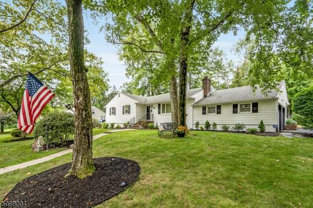 1120 Wyoming Dr, Mountainside Boro, NJ 07092 (MLS #3736408) :: The Dekanski Home Selling Team