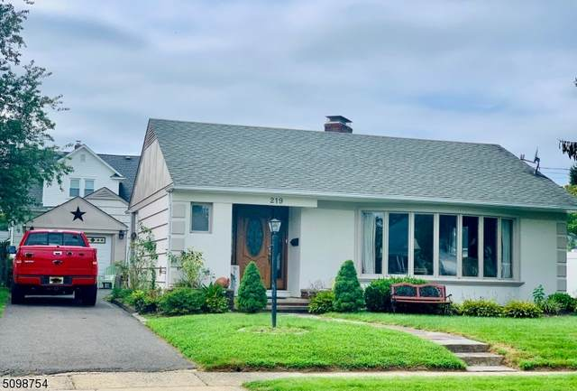 219 N 4Th Ave, Manville Boro, NJ 08835 (MLS #3737519) :: Coldwell Banker Residential Brokerage