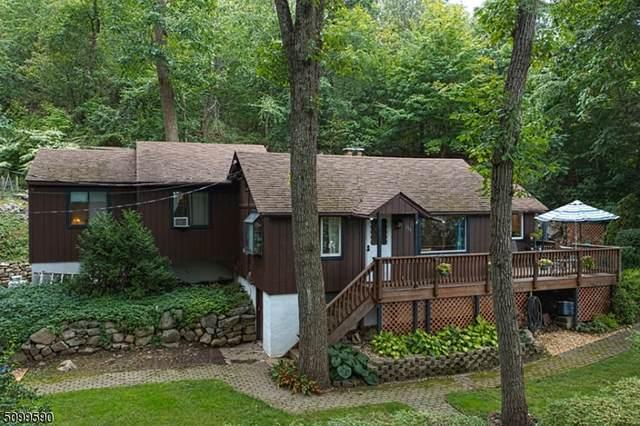 204 Sagamore Rd, Vernon Twp., NJ 07422 (#3738409) :: Rowack Real Estate Team