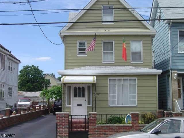 235 Vine St, Elizabeth City, NJ 07202 (MLS #3740130) :: Pina Nazario