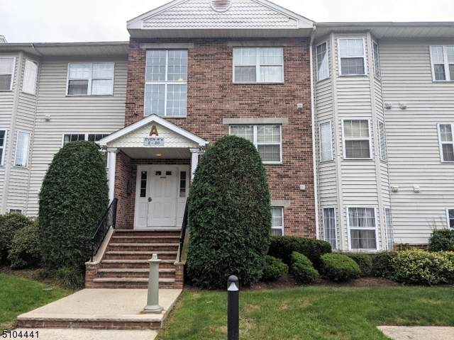 12 Mountainview Ct, Riverdale Boro, NJ 07457 (MLS #3741794) :: The Karen W. Peters Group at Coldwell Banker Realty