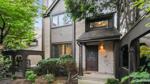 68 Riverbend Dr, North Brunswick Twp., NJ 08902 (#3742811) :: Rowack Real Estate Team