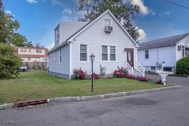 192 William St, Little Falls Twp., NJ 07424 (MLS #3744469) :: The Karen W. Peters Group at Coldwell Banker Realty