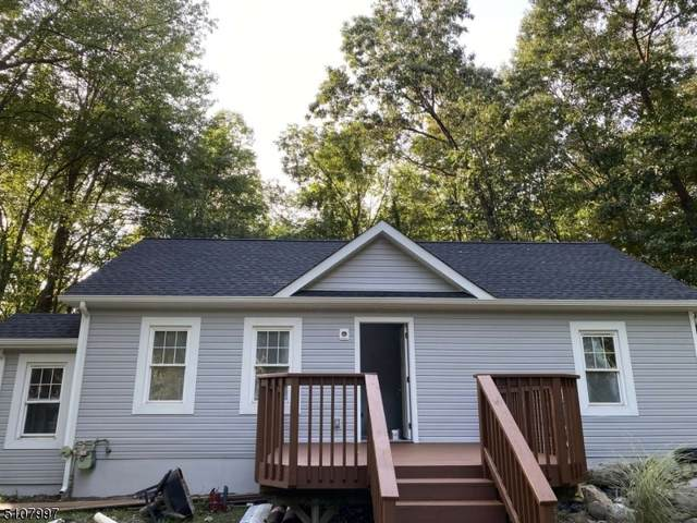 61 Elm St, West Milford Twp., NJ 07421 (MLS #3744851) :: Kiliszek Real Estate Experts
