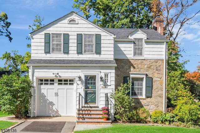 2 Sussex Ave, Chatham Boro, NJ 07928 (MLS #3744991) :: SR Real Estate Group