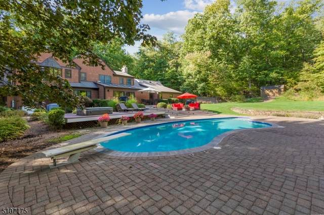 31 N Gate Rd, Mendham Twp., NJ 07945 (#3745424) :: NJJoe Group at Keller Williams Park Views Realty
