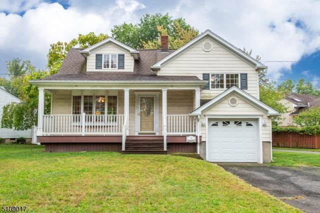 3 Meadow Dr, Little Falls Twp., NJ 07424 (MLS #3745811) :: The Karen W. Peters Group at Coldwell Banker Realty