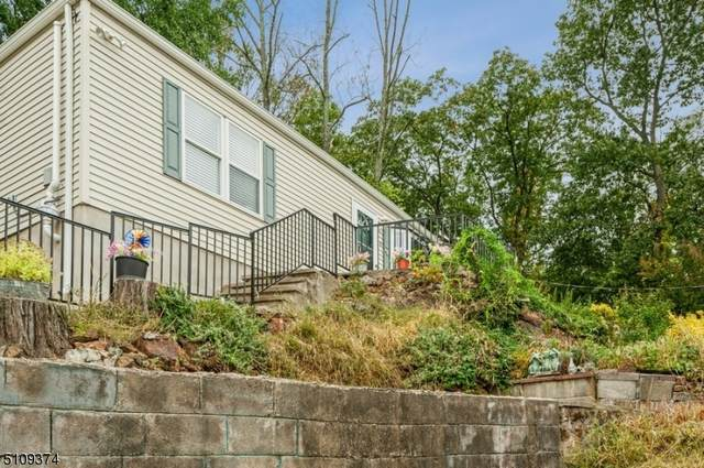 20 Greenwood Ave, Wanaque Boro, NJ 07420 (MLS #3746070) :: The Karen W. Peters Group at Coldwell Banker Realty