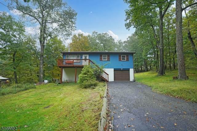 2 Foulton Ter, Vernon Twp., NJ 07461 (MLS #3746074) :: The Karen W. Peters Group at Coldwell Banker Realty